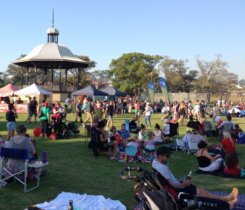 Lambton Park Rotunda. Hunter Bible Church Carols in the Park, 20 Dec 2015.