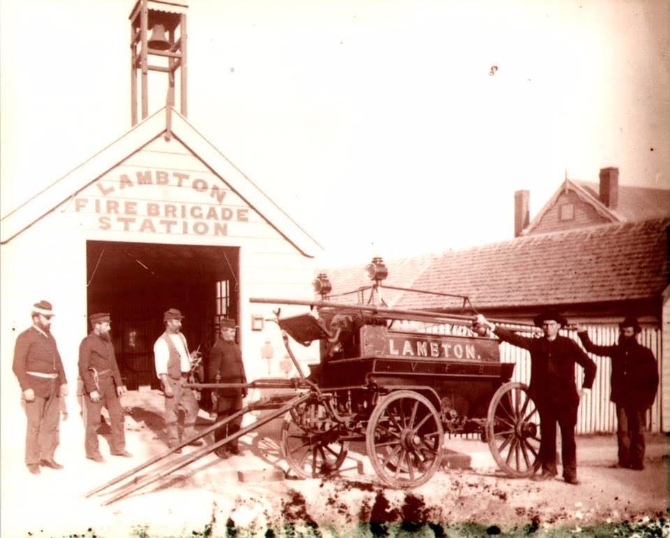 Lambton Fire Brigade Station, behind John Stoker's Gold Miners' Arms hotel, Grainger Street, 1875-1902.