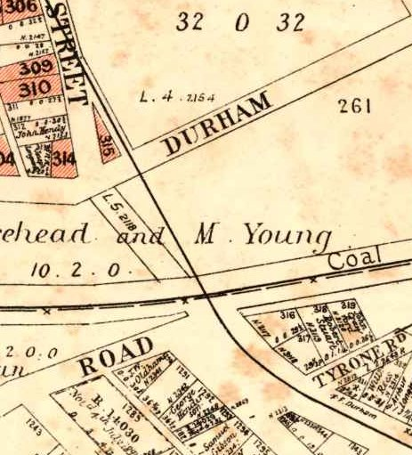 A 1906 map showing the Wallsend tram line running through Howe St and under the coal railway. University of Newcastle, Cultural Collections.